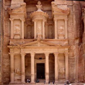 ruinas_petra_jordania_sitio_arqueologico_encosta_monte-Hor_Arabá